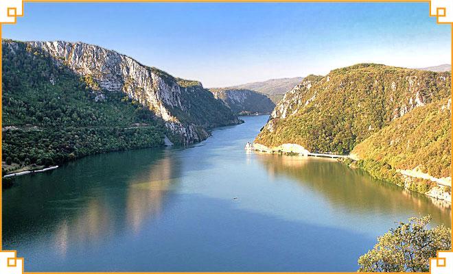 Obiective-turistice-din-judetul-Mehedinti---Cazanele-Dunarii