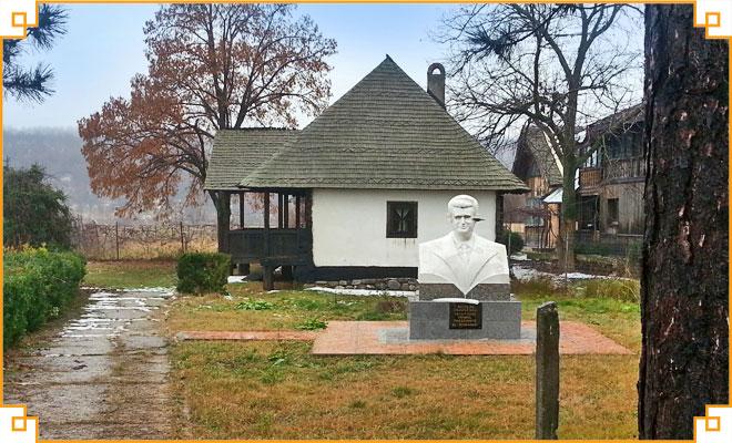 Obiective-turistice-din-judetul-Olt---Casa-Memoriala-Nicolae-Ceausescu