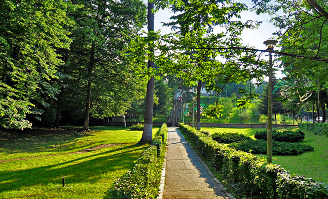 Parcul Dendrologic Trivale din orasul Pitesti judetul Arges - flickr